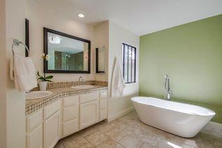 Photo 13: SOUTH ESCONDIDO House for sale : 4 bedrooms : 3707 Wildrose Glen in Escondido