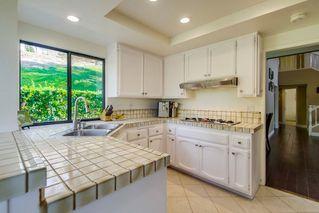 Photo 8: SOUTH ESCONDIDO House for sale : 4 bedrooms : 3707 Wildrose Glen in Escondido
