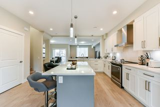 """Photo 7: 79 20498 82 Avenue in Langley: Willoughby Heights Townhouse for sale in """"GABRIOLA PARK"""" : MLS®# R2334254"""
