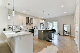 """Photo 3: 79 20498 82 Avenue in Langley: Willoughby Heights Townhouse for sale in """"GABRIOLA PARK"""" : MLS®# R2334254"""