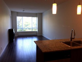 Photo 5: 210 2943 NELSON Place in Abbotsford: Central Abbotsford Condo for sale : MLS®# R2335298