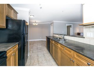 "Photo 6: 212 45769 STEVENSON Road in Sardis: Sardis East Vedder Rd Condo for sale in ""PARK PLACE I"" : MLS®# R2342316"