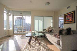 """Photo 4: 908 111 E 1ST Avenue in Vancouver: Mount Pleasant VE Condo for sale in """"Block -100"""" (Vancouver East)  : MLS®# R2347230"""