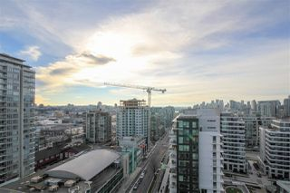 """Photo 17: 908 111 E 1ST Avenue in Vancouver: Mount Pleasant VE Condo for sale in """"Block -100"""" (Vancouver East)  : MLS®# R2347230"""