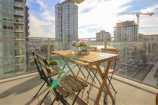 """Photo 11: 908 111 E 1ST Avenue in Vancouver: Mount Pleasant VE Condo for sale in """"Block -100"""" (Vancouver East)  : MLS®# R2347230"""