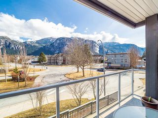 "Photo 13: 202 1203 PEMBERTON Avenue in Squamish: Downtown SQ Condo for sale in ""Eagle Grove"" : MLS®# R2349067"