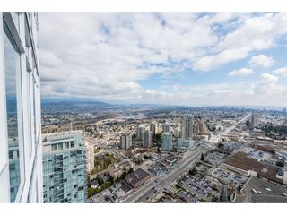 "Photo 2: 5101 4670 ASSEMBLY Way in Burnaby: Metrotown Condo for sale in ""Station Square"" (Burnaby South)  : MLS®# R2351186"