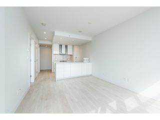 "Photo 6: 5101 4670 ASSEMBLY Way in Burnaby: Metrotown Condo for sale in ""Station Square"" (Burnaby South)  : MLS®# R2351186"