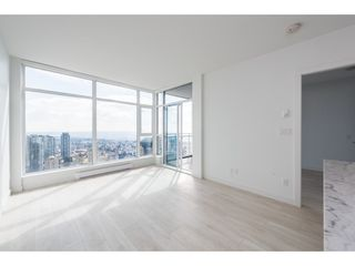 "Photo 4: 5101 4670 ASSEMBLY Way in Burnaby: Metrotown Condo for sale in ""Station Square"" (Burnaby South)  : MLS®# R2351186"