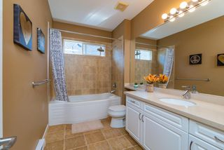 Photo 15: 11247 BLANEY Way in Pitt Meadows: South Meadows House for sale : MLS®# R2353157