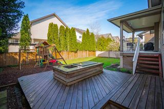 Photo 3: 11247 BLANEY Way in Pitt Meadows: South Meadows House for sale : MLS®# R2353157