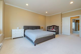 Photo 16: 11247 BLANEY Way in Pitt Meadows: South Meadows House for sale : MLS®# R2353157