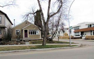 Photo 2: 9802 83 Avenue in Edmonton: Zone 15 House for sale : MLS®# E4152478