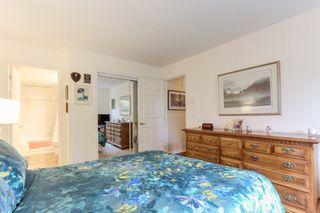 "Photo 11: 310 4758 53 Street in Delta: Delta Manor Condo for sale in ""SINNINGDALE III"" (Ladner)  : MLS®# R2361282"