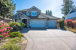 Photo 1: 7365 147A Street in Surrey: East Newton House for sale : MLS®# R2365830