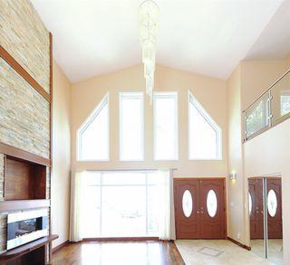 Photo 2: 11667 73 Avenue NW in Edmonton: Zone 15 House for sale : MLS®# E4156870