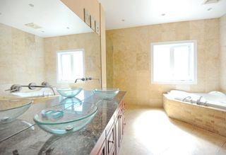 Photo 15: 11667 73 Avenue NW in Edmonton: Zone 15 House for sale : MLS®# E4156870