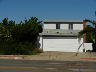 Main Photo: SERRA MESA House for sale : 4 bedrooms : 2941 Mission Village Dr. in San Diego