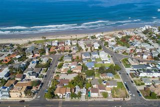 Photo 21: PACIFIC BEACH House for sale : 3 bedrooms : 4922 Mission Blvd in San Diego