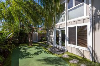 Photo 15: PACIFIC BEACH House for sale : 3 bedrooms : 4922 Mission Blvd in San Diego