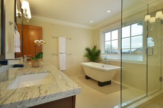 Photo 10: 1622 West 62nd Ave in Vancouver: South Granville Home for sale ()  : MLS®# V985409