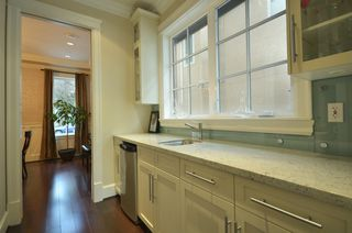 Photo 7: 1622 West 62nd Ave in Vancouver: South Granville Home for sale ()  : MLS®# V985409