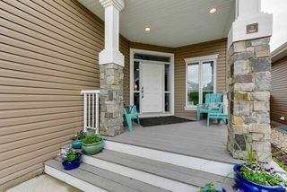 Photo 2: 2315 SPARROW Crescent in Edmonton: Zone 59 House for sale : MLS®# E4160827