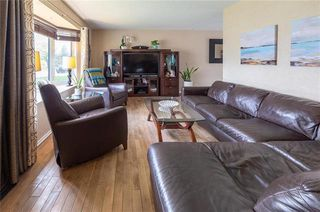 Photo 2: 155 Braintree Crescent in Winnipeg: Jameswood Residential for sale (5F)  : MLS®# 1914241