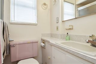 Photo 16: 11 HOWARD Avenue in Burnaby: Capitol Hill BN House for sale (Burnaby North)  : MLS®# R2378623