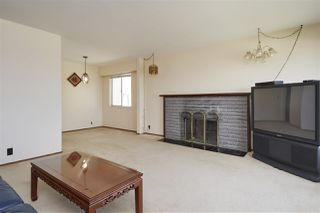 Photo 8: 11 HOWARD Avenue in Burnaby: Capitol Hill BN House for sale (Burnaby North)  : MLS®# R2378623