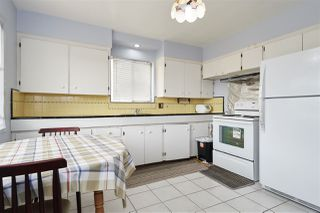Photo 11: 11 HOWARD Avenue in Burnaby: Capitol Hill BN House for sale (Burnaby North)  : MLS®# R2378623