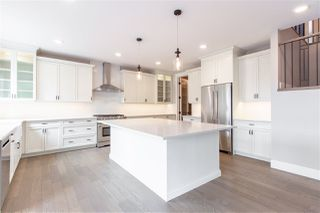Photo 3: 8939 20 Avenue in Edmonton: Zone 53 House for sale : MLS®# E4161619