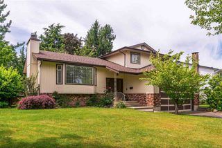 Main Photo: 5897 183A Street in Surrey: Cloverdale BC House for sale (Cloverdale)  : MLS®# R2380497