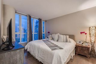 "Photo 11: 2103 833 SEYMOUR Street in Vancouver: Downtown VW Condo for sale in ""CAPITAL RESIDENCES"" (Vancouver West)  : MLS®# R2382715"