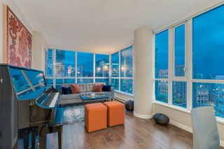 "Photo 5: 2103 833 SEYMOUR Street in Vancouver: Downtown VW Condo for sale in ""CAPITAL RESIDENCES"" (Vancouver West)  : MLS®# R2382715"