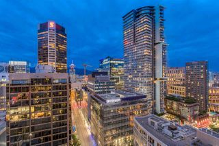 "Photo 20: 2103 833 SEYMOUR Street in Vancouver: Downtown VW Condo for sale in ""CAPITAL RESIDENCES"" (Vancouver West)  : MLS®# R2382715"