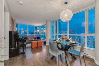 "Photo 4: 2103 833 SEYMOUR Street in Vancouver: Downtown VW Condo for sale in ""CAPITAL RESIDENCES"" (Vancouver West)  : MLS®# R2382715"