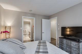 "Photo 12: 2103 833 SEYMOUR Street in Vancouver: Downtown VW Condo for sale in ""CAPITAL RESIDENCES"" (Vancouver West)  : MLS®# R2382715"