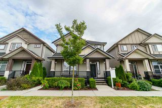 Photo 2: 19528 72 Avenue in Surrey: Clayton House for sale (Cloverdale)  : MLS®# R2382997