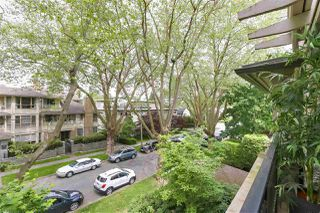 "Photo 18: 302 3788 W 8TH Avenue in Vancouver: Point Grey Condo for sale in ""LA MIRADA at JERICHO"" (Vancouver West)  : MLS®# R2384247"