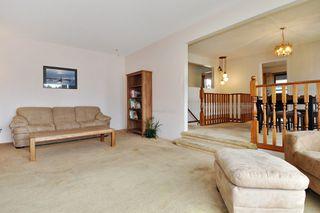 Photo 3: 19362 DAVISON Road in Pitt Meadows: Mid Meadows House for sale : MLS®# R2385341