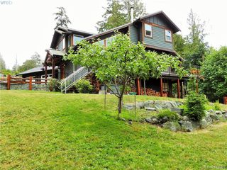 Photo 3: 2555 Eaglecrest Dr in SOOKE: Sk Otter Point House for sale (Sooke)  : MLS®# 819126