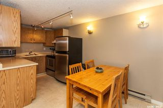 Photo 2: 301 114 Clarence Avenue South in Saskatoon: Nutana Residential for sale : MLS®# SK781199