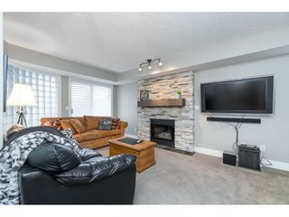 "Photo 12: 87 4001 OLD CLAYBURN Road in Abbotsford: Abbotsford East Townhouse for sale in ""Cedar Springs"" : MLS®# R2419759"