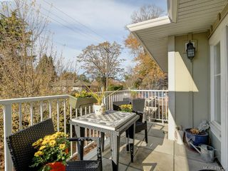 Photo 21: 106 1825 Kings Road in VICTORIA: SE Camosun Row/Townhouse for sale (Saanich East)  : MLS®# 419139