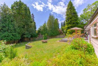 Photo 6: 90 GLENGARRY Crescent in West Vancouver: Glenmore House for sale : MLS®# R2476872
