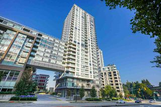 "Photo 3: 751 5515 BOUNDARY Road in Vancouver: Collingwood VE Condo for sale in ""WALL CENTRE - CENTRAL PARK"" (Vancouver East)  : MLS®# R2496450"