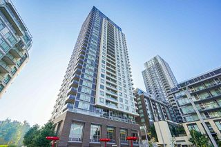 "Photo 4: 751 5515 BOUNDARY Road in Vancouver: Collingwood VE Condo for sale in ""WALL CENTRE - CENTRAL PARK"" (Vancouver East)  : MLS®# R2496450"