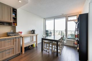 "Photo 14: 751 5515 BOUNDARY Road in Vancouver: Collingwood VE Condo for sale in ""WALL CENTRE - CENTRAL PARK"" (Vancouver East)  : MLS®# R2496450"