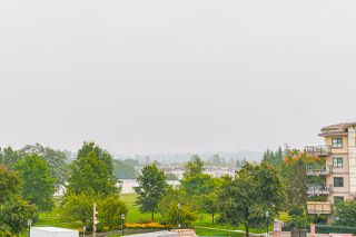 "Photo 31: 418 20460 DOUGLAS Crescent in Langley: Langley City Condo for sale in ""Serenade"" : MLS®# R2499942"